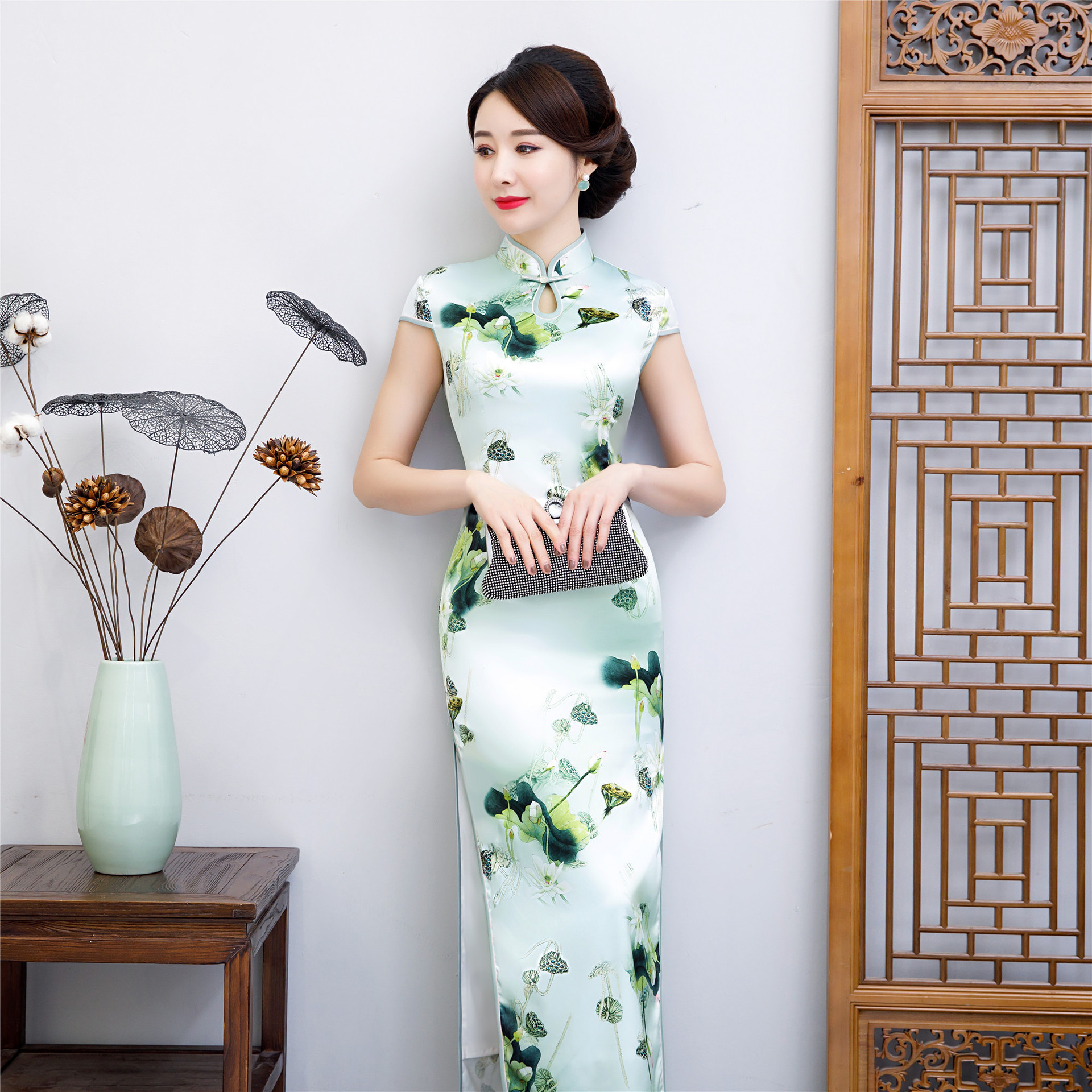 Open Rain 2019 New Style Light Green Lobular Elegant Large Size Middle-aged Women Dress Chinese-style Daily Life Improved Cheong