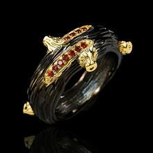 Женское кольцо с красным круглым кристаллом классическое обручальное