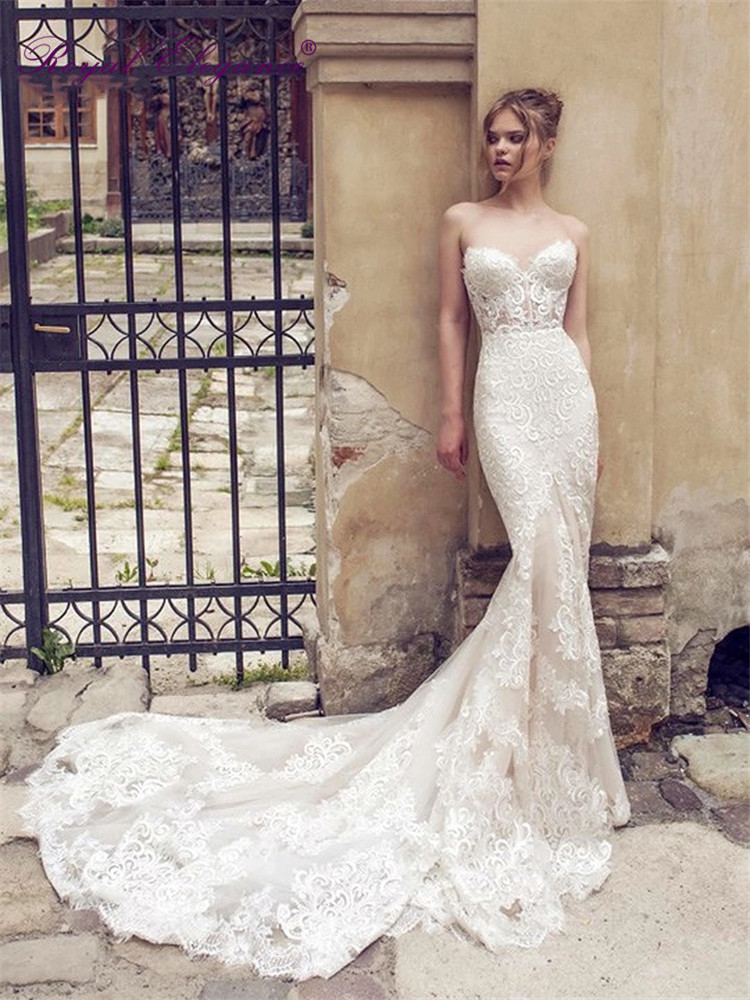 Royal Elegance Strapless Bridal Wear Sweetheart Neckline See Through Bodice Luxury Lace Mermaid Wedding Dresses