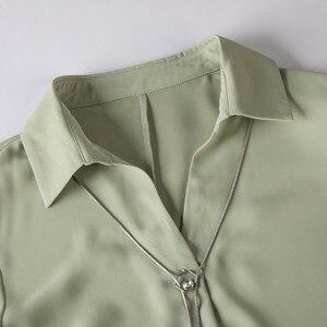 Image 5 - Blusa de chifón informal con manga larga para otoño, camisa con fruta verde para mujer, cuello de pico, para oficina, trabajo de negocios