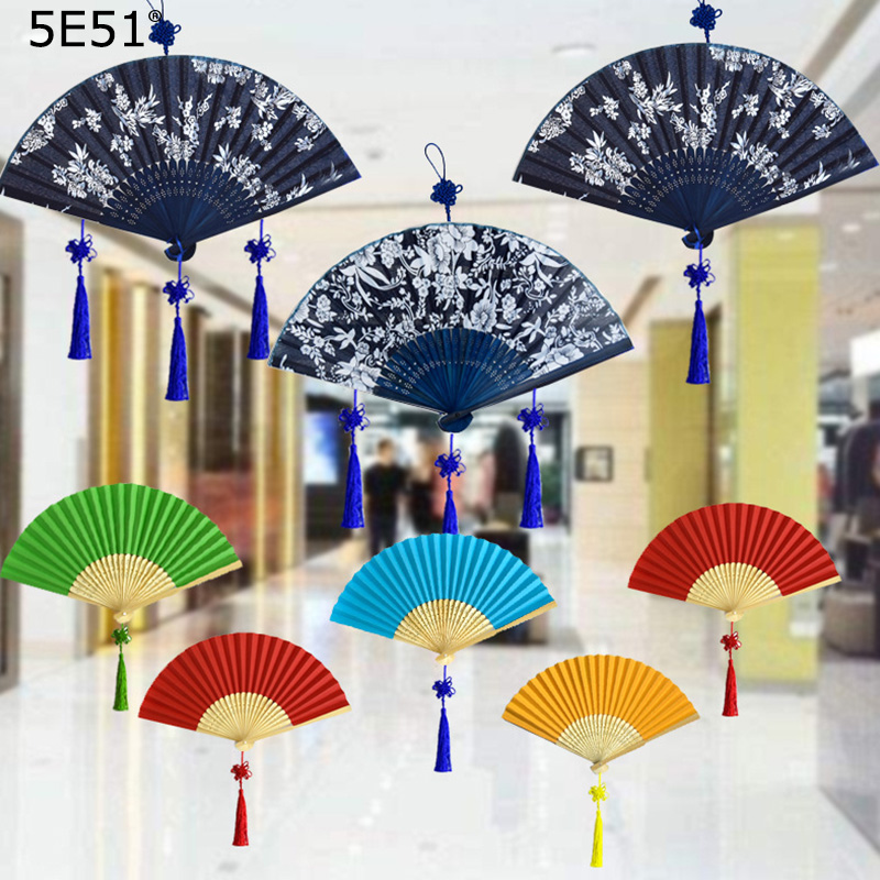 Blue And White Porcelain Folding Fan Chinese Style Handicraft Ornament