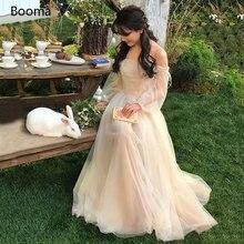Пляжное свадебное платье цвета шампанского с открытыми плечами
