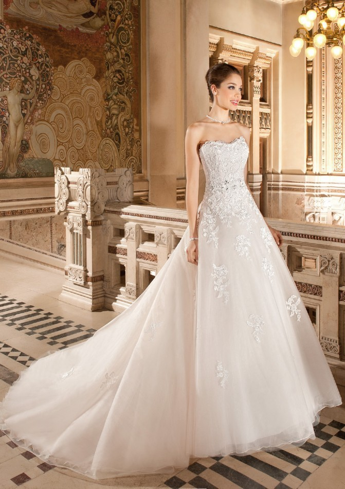 Free Shipping Decent Scoop Neck Detachable Train Lace Applique Bridal Gown 2018 Off The Shoulder Mother Of The Bride Dresses