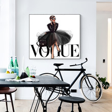 LECHAO Quadro Fashion Figure Posters and Prints Vogue Wall Pop Art Painting on Canvas Picture Home Decor No Frame(China)