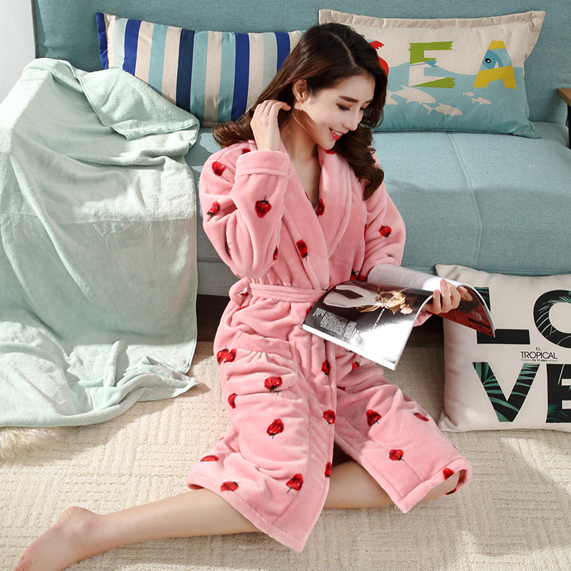 Autumn And Winter New Products Robe Female Winter Thick Extra-large Flannel Warm Lace-up Bathrobe Printed Sweet Women's Nightgow