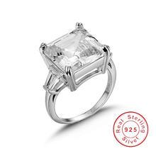 Кольцо женское из серебра с трапециевидной огранкой