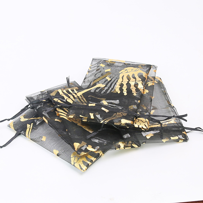 50pcs Halloween Bunch Pocket Creative Five Finger Hand Bone Black Candy Bag Party Decoration Gift Bag 10 * 15cm