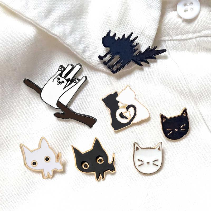 Cartone animato Animale Spille Nero Bianco Coppia Gatto Lisca di Pesce Smalto Spilli Vestiti Collare Risvolto Spille del Sacchetto Del Metallo Distintivi e Simboli Gioielli Per amante