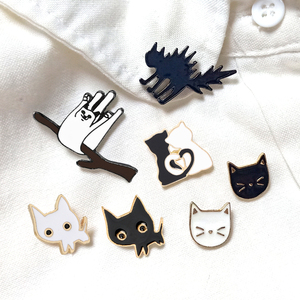 Cartoon Animal Brooches Black White Couple Cat Fish Bone Enamel Pins Clothes Collar Lapel Pin Bag Metal Badges Jewelry For Lover
