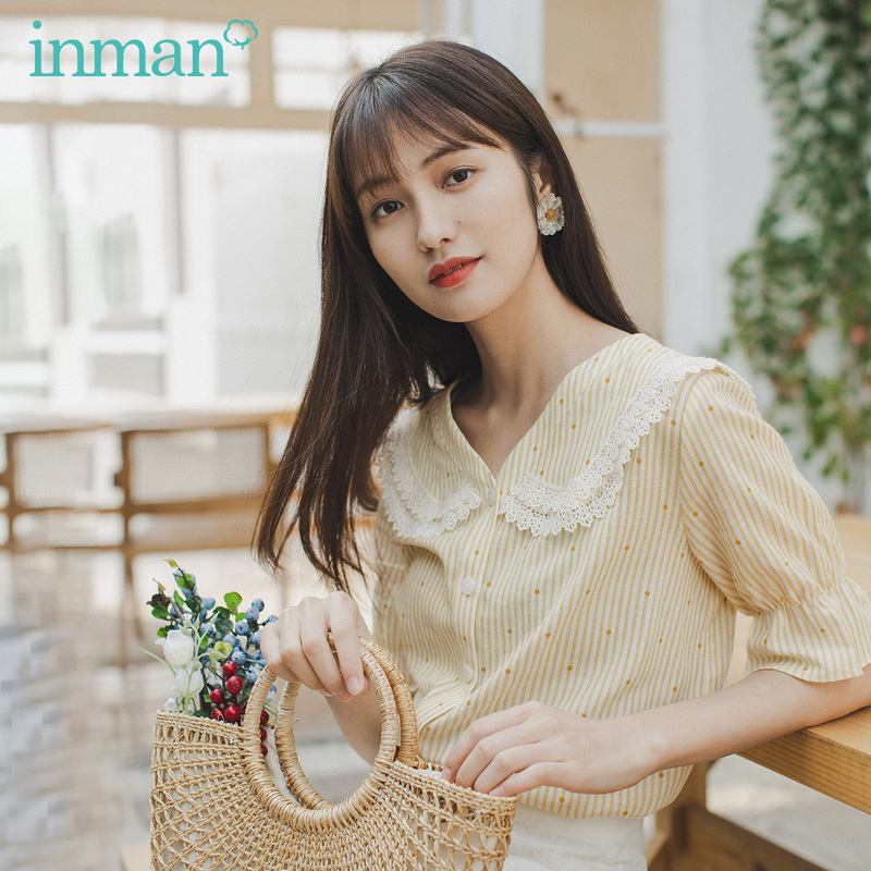 INMAN 2020 Spring New Arrival Literary Age-reducing Doll Collar Lace Cuff Single-breasted Short Sleeve Blouse