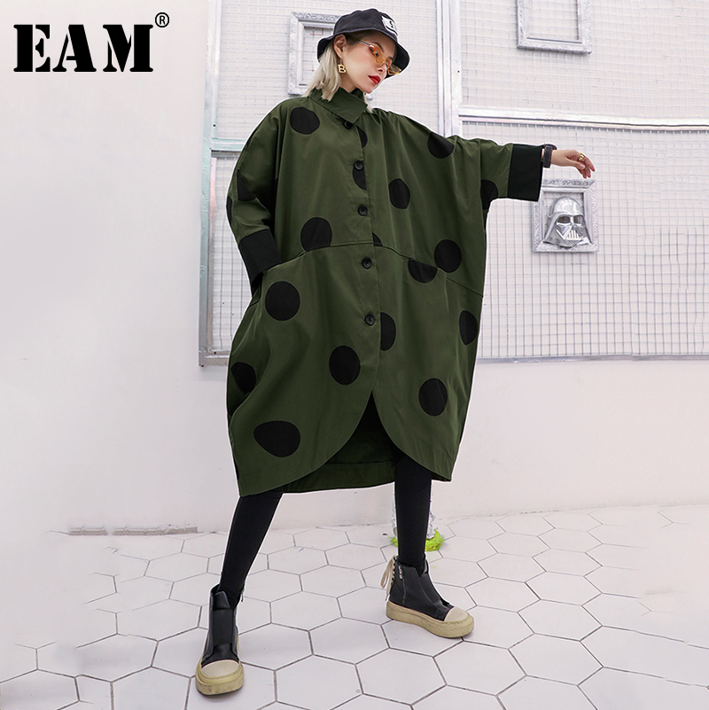 [EAM] Women Dot Printed Big Size Long Trench New Lapel Long Sleeve Loose Fit Windbreaker Fashion Tide Spring Autumn 2020 1B323