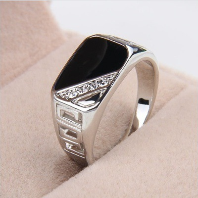 2018 Rings Men Fashion Jewelry 1PC Men Rhinestone Stone Rings Hollow Out Decor Punk Style Round Ring Hot Sell Men Jewelry