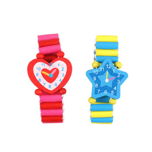 Image 3 - 3pcs/lot Wooden Wristwatches Nice Cartoon Crafts Bracelet Watches Handicrafts Toys for Kids Learning & Education Party Favors