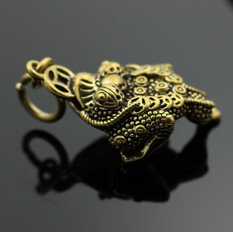 Chinese Brass Solid Three Foot Toad Pendant Treasure Toad DIY Key Link Wealth Pendant Animal Statue