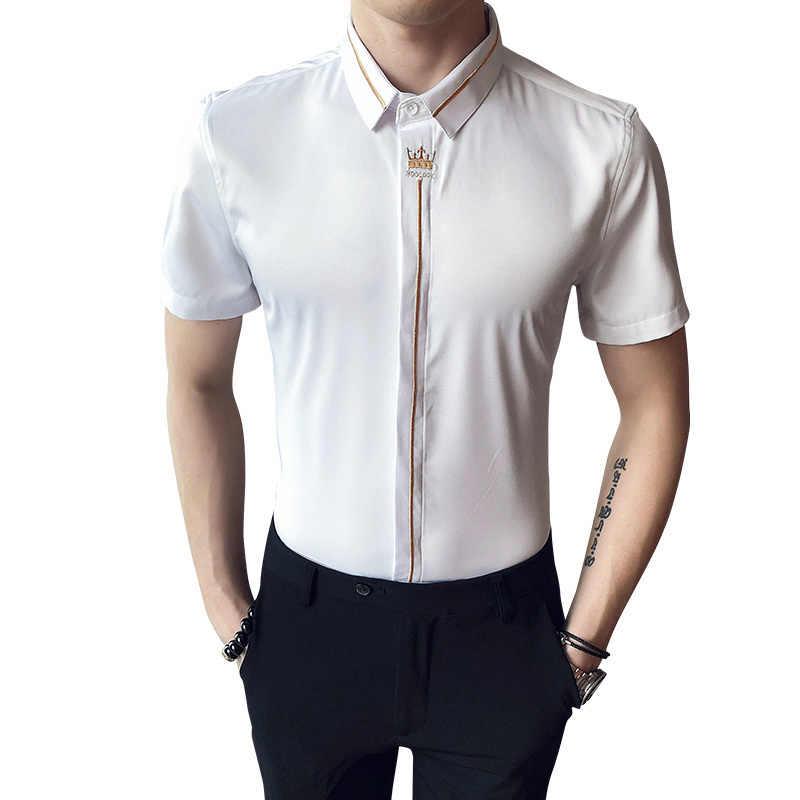 Letnia koreańska koszula męska Casual Slim Fit koszulka z krótkim rękawkiem Streetwear społeczna korona haftowana koszula smoking Tide S-5XL