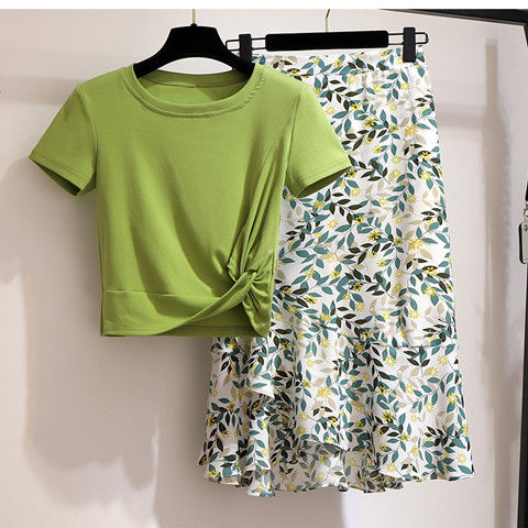 Women 2020 Summer Fashion T Shirt 2-piece Set Off Female Short Sleeve Basic Tees+High Waist Printed Skirt Sets Fashion Suit L67