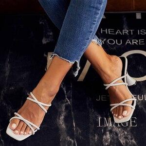 Image 2 - Kcenid SLIP บนรองเท้าแตะผู้หญิง 2020 อินเทรนด์ถ้วยรองเท้าส้นสูงสีขาวรองเท้าผู้หญิงฤดูร้อนรองเท้าแตะสุภาพสตรีชายหาด flops