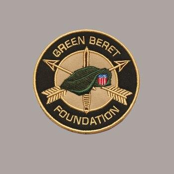 Boina Verde bordada para las fuerzas especiales de EE. UU., tejido de paño con parches, gancho de bucle, emblema, parches DIY para ropa, insignia táctica de costura