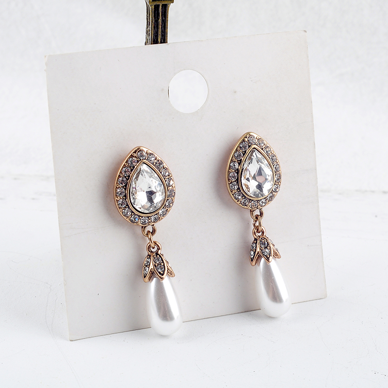 European Style Fashion Rerto Set Crystal Simulated Pearl Women Dangle Earrings Factory Wholesale