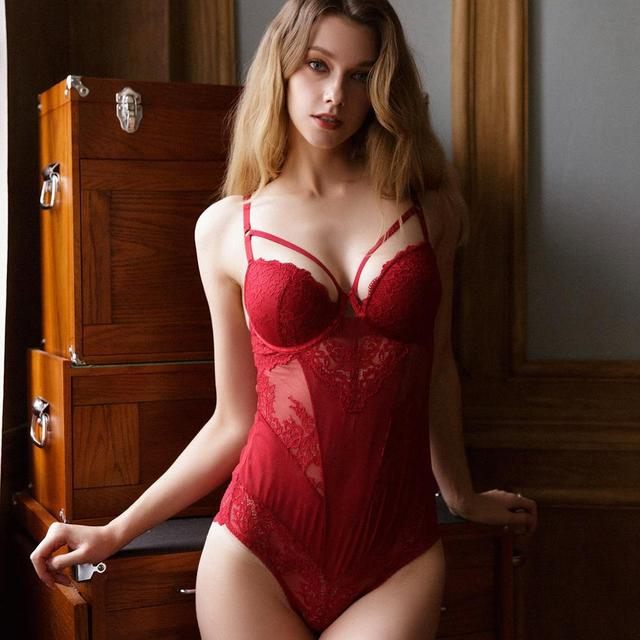 New Sexy Lace Hollow Bodysuit Women Embroidery Jumpsuit Temptation Red Europe Plus Size Bodysuit Body Sleeveless Top Playsuit 1
