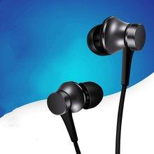 цена Xiaomi Gaming Headset Game Headphone Game Earphone Wired Piston Earphone Noise Isolation Clear Sound Quality онлайн в 2017 году