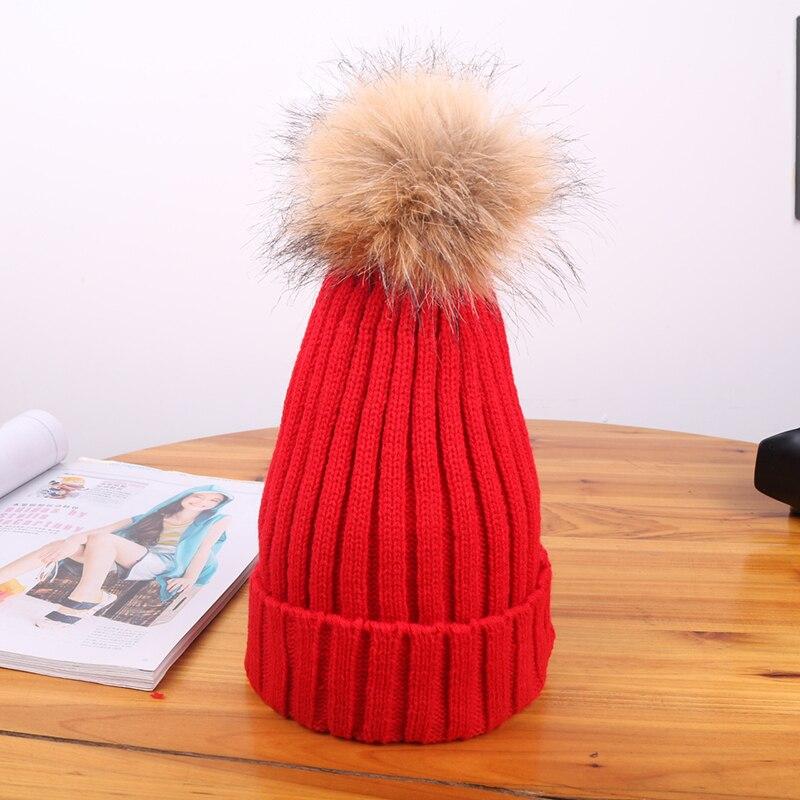 Chapéus quentes de malha clássicos boné de lã de cor sólida com adorável pom-poms pai-criança beanies toques 2020 moda estilo coreano