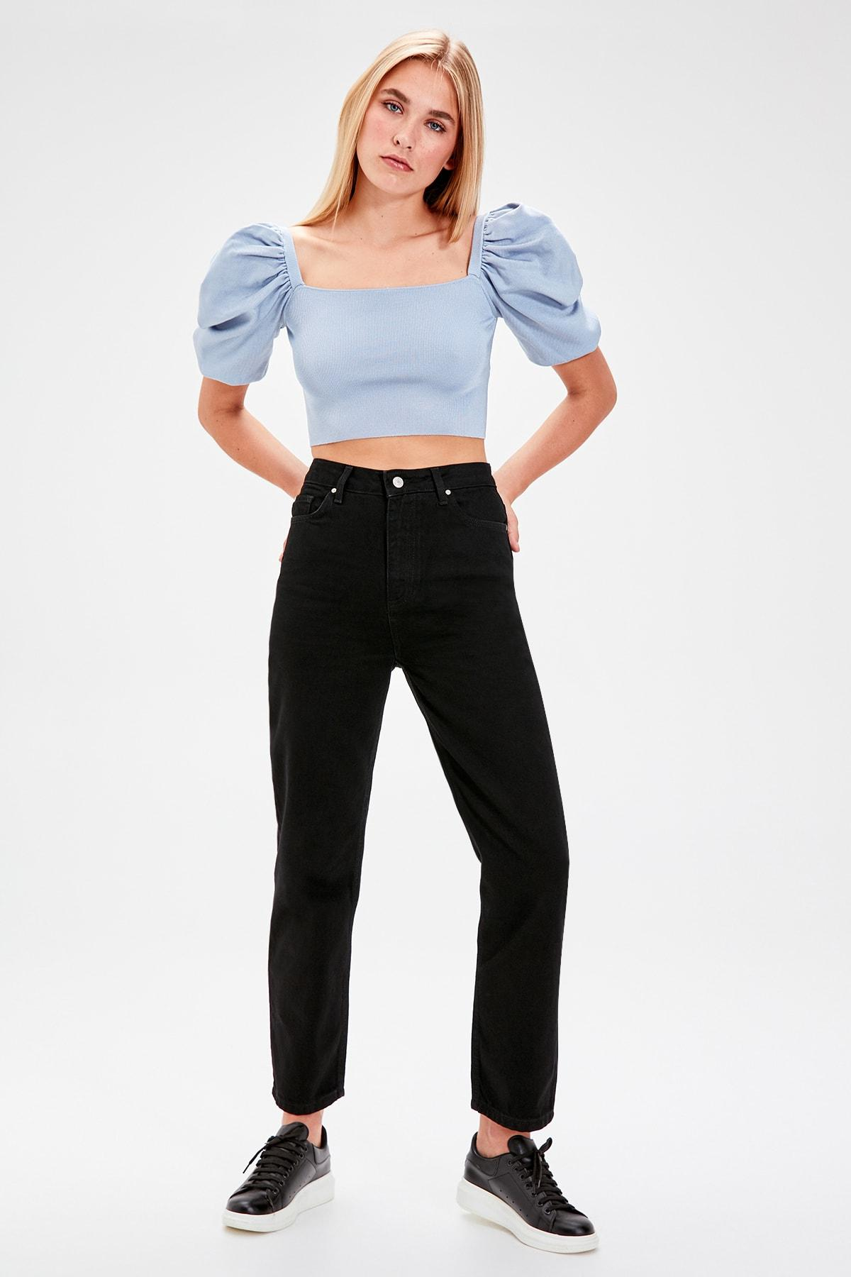 Trendyol Black High Waist Straight Jeans TWOAW20JE0100