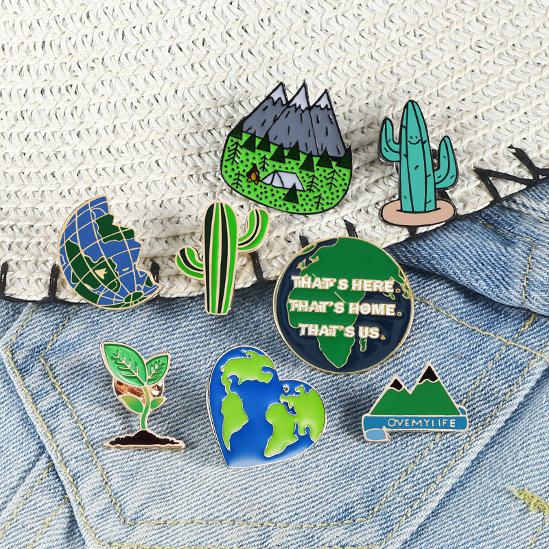 Green Enamel Pins Earth Heart Map Cactus Mountain Forest Brooches Lapel Pin For Women Men Cartoon Adventue Badge Natural Jewelry