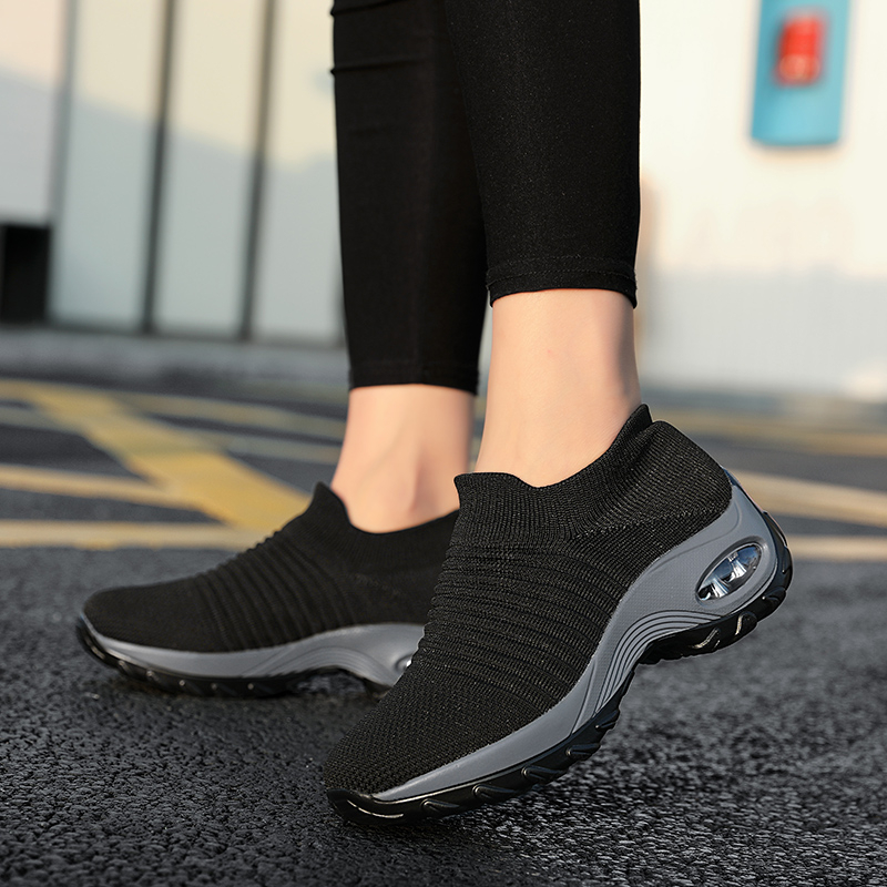 Height Increasing Women Shoes Sport Fashion Sneakers Sock Platform Gym Shoes Breathable Black Tennis Shoes Slip-On Ladies Shoes