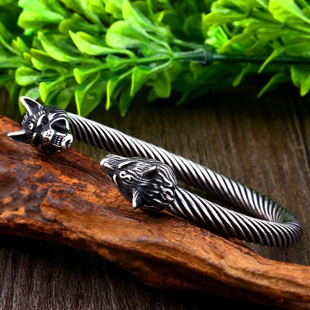 Bracelet acier tête de loup-009G 4