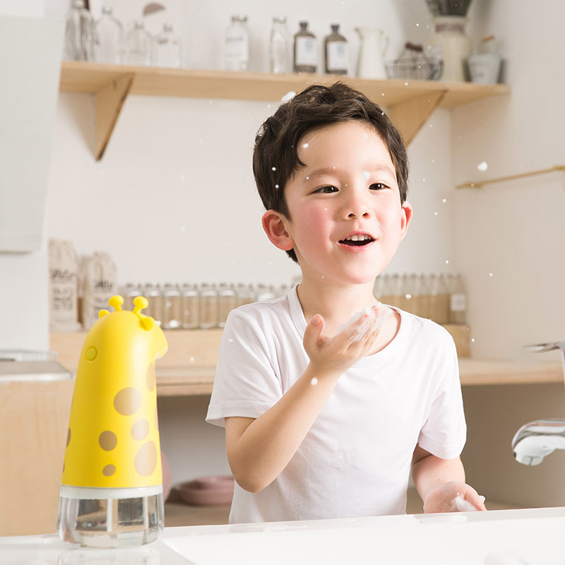 Children's Foam Washing Hands Device, Home Automatic Intelligent Induction Water - Proof Pro - Skin Antibacterial Soap Dispenser