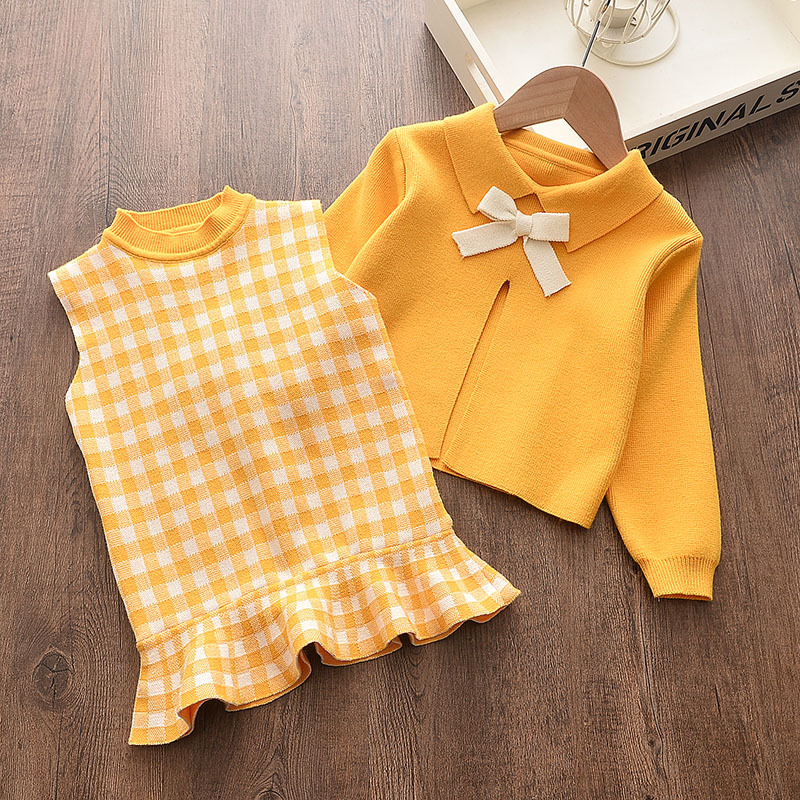Baby girl clothes autumn and winter knitted sweater two-piece fashion girl plaid print vest sweater skirt baby girl sweater set 3