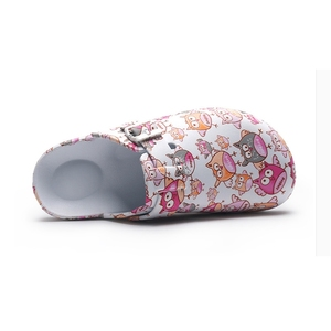 Image 2 - Hot Top Women Slippers Cartoon Girls Operating Room Slipper Summer Female Beach Shoes Doctor Surgical Shoes Non slip Nurse Shoes