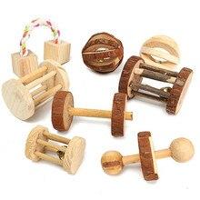 Juguetes lindos de conejos de madera naturales de pino, mancuernas, campana de monociclo, juguetes para masticar, cerdos de Guinea, ratas, pequeños moldes para mascotas, suministros