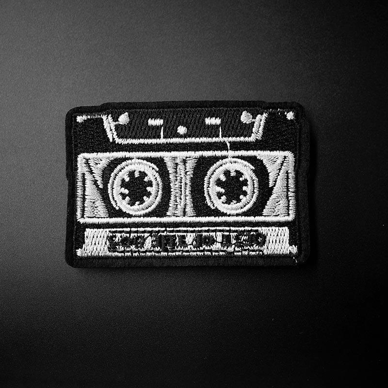45 Record Symbol Vinyl Embroidered Shiny Patch Iron On Punk Rock DJ Retro