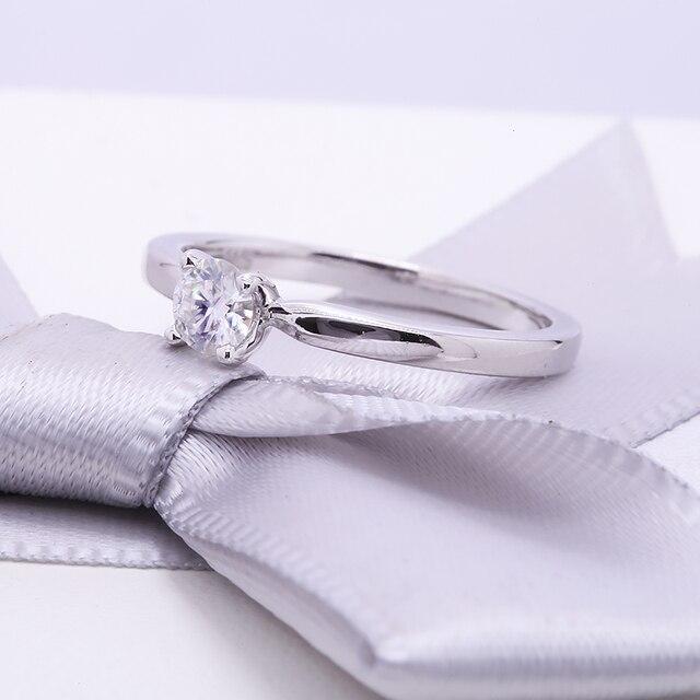 обручальное кольцо из муассанита 03 карат 40 мм фотография