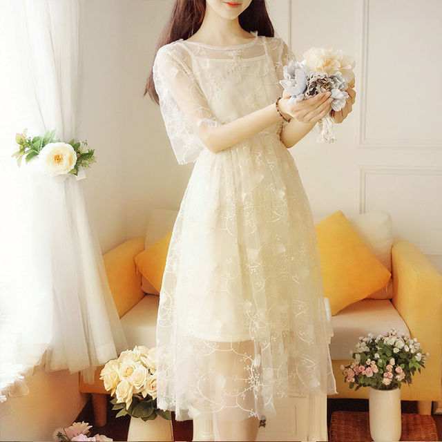 Spring and summer super fairy fairy long dress elegant short-sleeved pure color O-neck applique elegant and sweet fairy dress 5