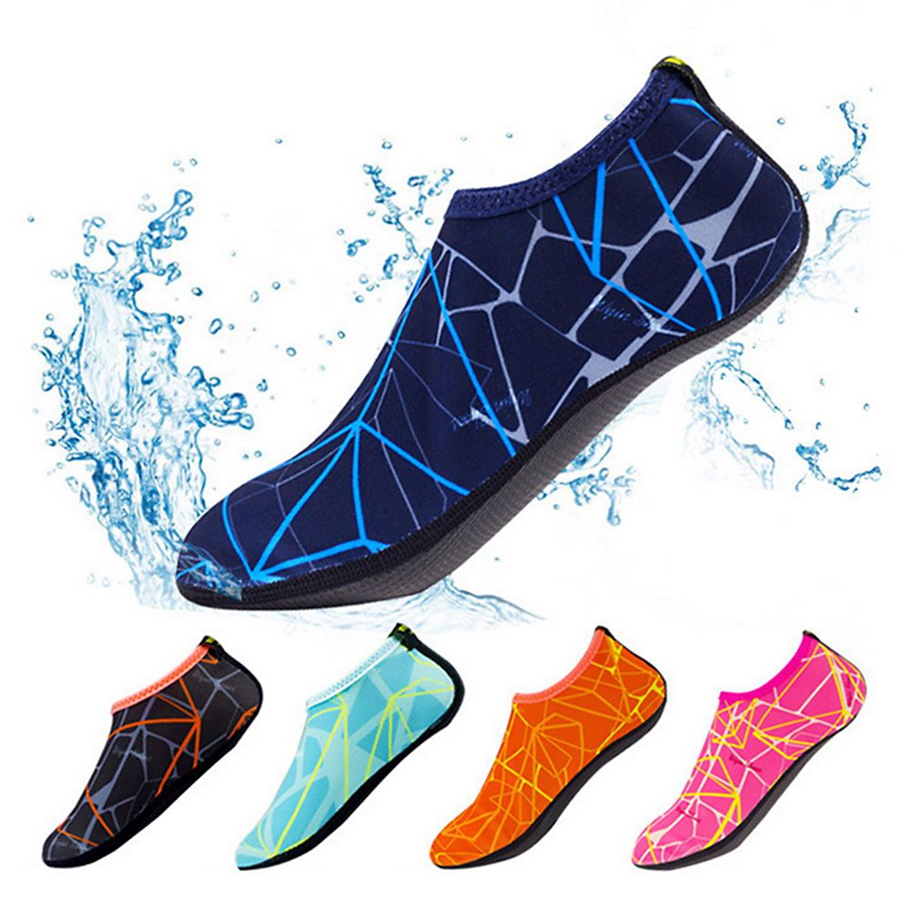 2019 New kids quick drying swim water shoes Beach Shoes Footwear Barefoot LightWeight Aqua Socks for Kids Men Women