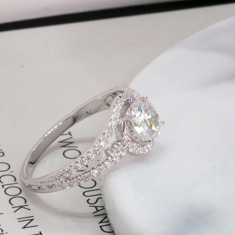 14K สีขาวทอง DF สี VVS1 รอบ 6 มม.0.8ct Halo Moissanite แหวนหมั้นเพชรแหวนเครื่องประดับสำหรับผู้หญิง