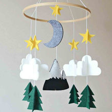 Moon Handmade For Boys Nursery Decoration Play Starry Night Baby Girls Bedroom Crib Mobile Woodland Hanging Wind Chimes Felt(China)