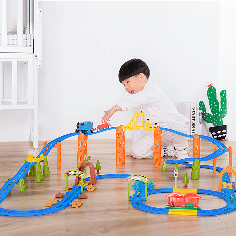 hot wheels pista track Thomas electric train set multilayer sound and light teaching young children toy birthday christmas gifts