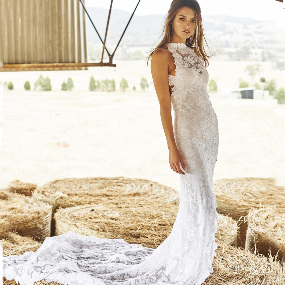 2015 Boho Lace Bohemian Wedding Dresses Front Split Beach Court Train Halter Sheer Open Back Mermaid Bridal Gowns