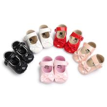 2020 New Spring Infant Baby Boy Soft Sole PU Leather Toddler Crib Bow Shoes 0-18 Months Baby Moccasins Shoes for Infant Gifts