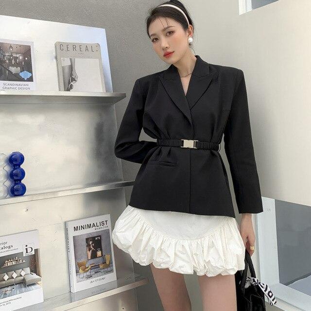 [EWQ] Ball Gown Skirt Side slits cross belted blazer chic black coats high waist queen office clothing 2-piece set 2021 summer 4