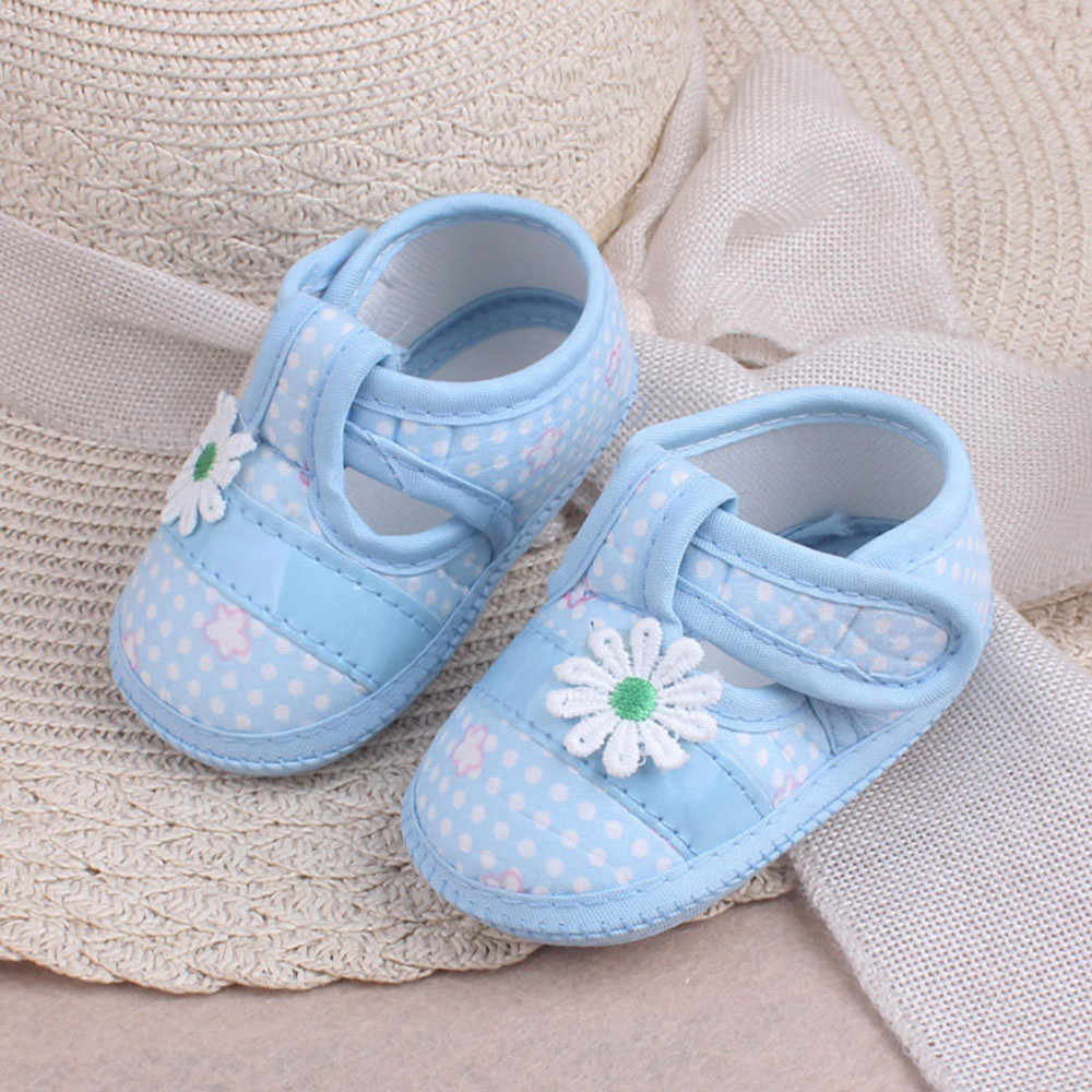 Apliques de flores zapatos de bebé niña zapatos lindos zapatos de niño princesa recién nacido bebé botines 2019 primeros caminantes Buty