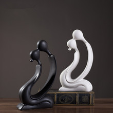 Europe Ceramic crafts Creative Lovers Figurine and miniatures Modern feng shui statues home wedding decoration accessories