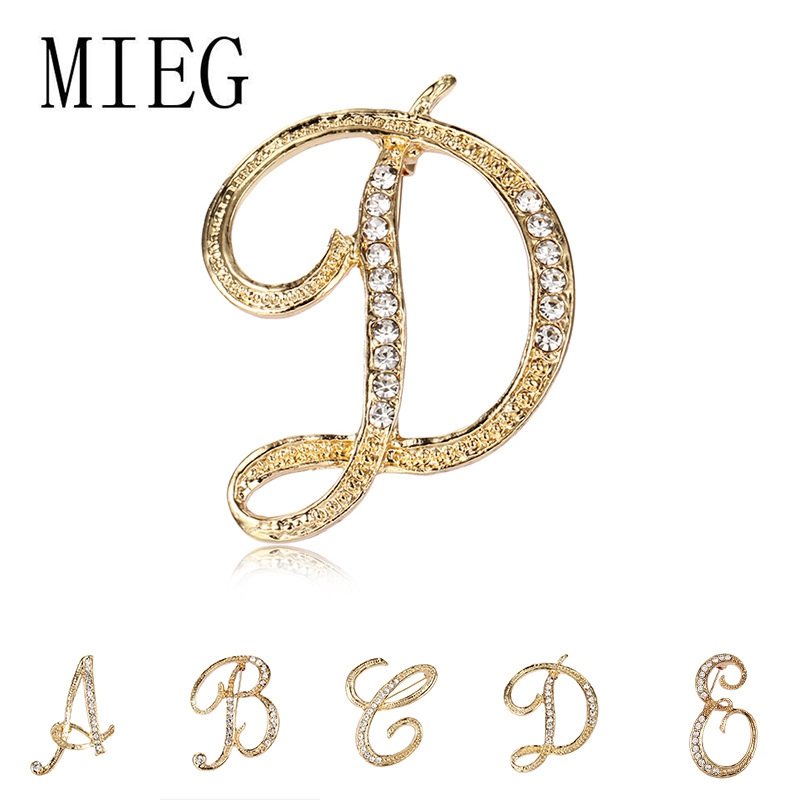 Brand 26 Initial Letters A to Z Clear Crystal Rhinestone Brooch Pins for Women Jewelry in Gold Color Plated