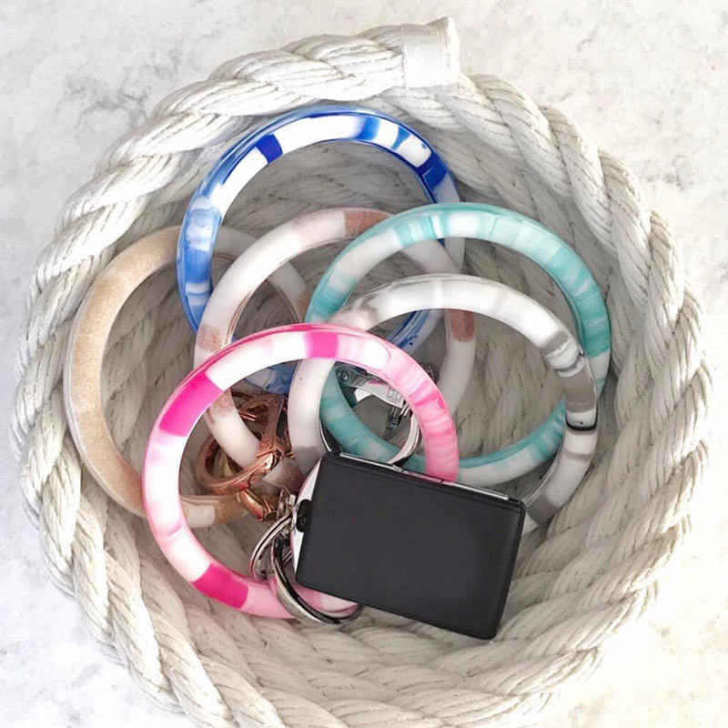 JUST FEEL Fashion Silicone O Key Chain Circle Multiful Wristlet Keychain Comfortable Wear Car KeyChain Accessories 2019 Gifts