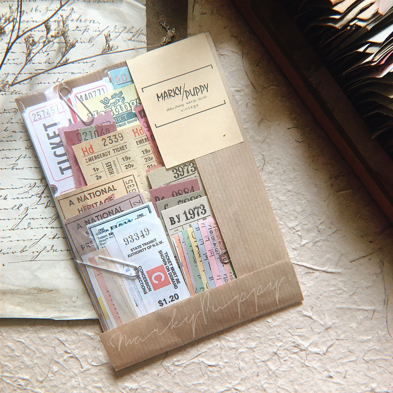 WOKO 180pcs/pack Vintage Receipt Retro Foreign Bills Old Ticket Mix Material Paper Sticker DIY Scrapbooking Projects Card Making