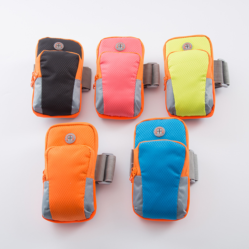 Non-Headphone Jack Non-Logo Black And White with Pattern Outdoor Yoga Fitness Mobile Phone Bag Sport Arm Bag Wrist Bag